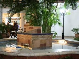 /hotel-colonial-cancun/hotel/cancun-mx.html?asq=jGXBHFvRg5Z51Emf%2fbXG4w%3d%3d