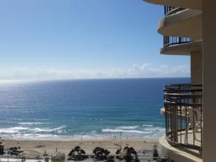 /cs-cz/beachcomber-resort-surfers-paradise/hotel/gold-coast-au.html?asq=jGXBHFvRg5Z51Emf%2fbXG4w%3d%3d