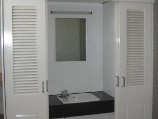 Silk House Hotel London - Double Room with Shared Bathroom