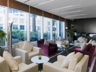 Grand Millennium Al Wahda Abu Dhabi Hotel Abu Dhabi - Lobby Lounge