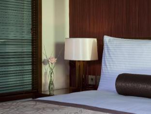 Grand Millennium Al Wahda Abu Dhabi Hotel Abu Dhabi - Suite Room