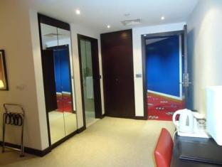 Al Jazira Club Hotel Abu Dhabi - Interior