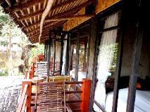 Ban Sabai Bungalow: balcony/terrace