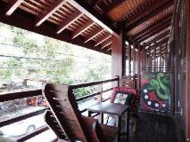 Ancient Luang Prabang Hotel (Ban Phonheuang): balcony/terrace