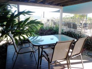 Airlie Apartments Whitsunday Islands - Balcony/Terrace
