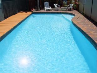 Annerley Motor Inn Brisbane - Swimming Pool