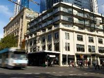 City Edge on Elizabeth Apartment Hotel: