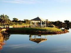 Martin Fields Beach Retreat Hotel