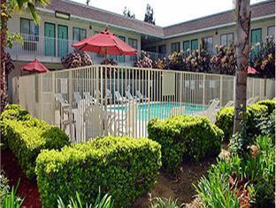 /motel-6-temecula-historic-old-town/hotel/temecula-ca-us.html?asq=jGXBHFvRg5Z51Emf%2fbXG4w%3d%3d