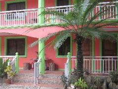 Hotel in Philippines Puerto Galera   La Solana Suites & Resort