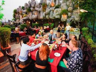 Hotel Luxury World Phnom Penh - The Level 8 Restaurant