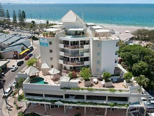 /sandcastles-on-the-beach/hotel/sunshine-coast-au.html?asq=rCpB3CIbbud4kAf7%2fWcgD4yiwpEjAMjiV4kUuFqeQuqx1GF3I%2fj7aCYymFXaAsLu