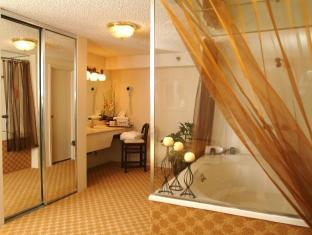 The Quad Resort and Casino Las Vegas (NV) - Bathroom