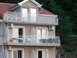 /apartments-mediteran/hotel/herceg-novi-me.html?asq=vrkGgIUsL%2bbahMd1T3QaFc8vtOD6pz9C2Mlrix6aGww%3d