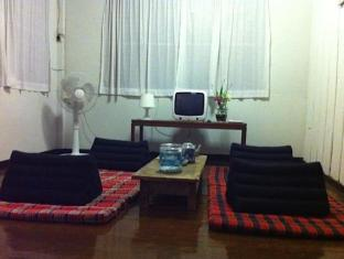 Sparrow' Nest Guest House चियांग माई - होटल आंतरिक सज्जा