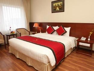 โรงแรมซันนี่ 2