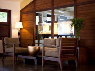 Jetwing Sea Negombo - Lounge Area