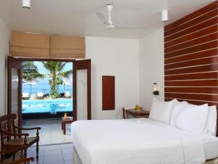 Jetwing Sea Negombo - Standard Room and view