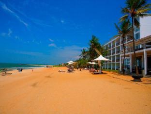 Jetwing Sea Negombo - Negombo Beach Side