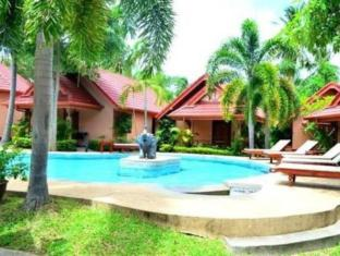Happy Elephant Resort Phuket - Uima-allas