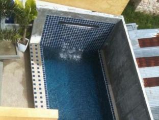 太郎飯店 普吉島 - 游泳池