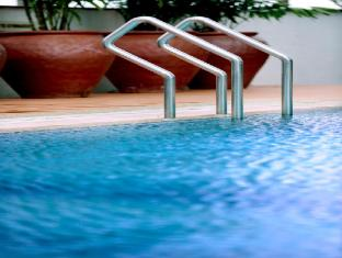 M Hotels - Tower A Kuching - Swimmingpool