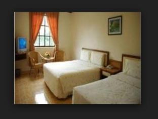 TS Hotel Taman Rinting Johor Bahru - Superior Triple Room