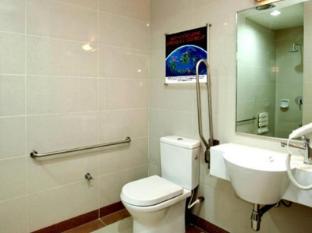 Tune Hotel – Kota Bharu City Centre Kelantan Kota Bharu - Bathroom
