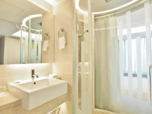 The Bauhinia Hotel-TST Hong Kong - Baño
