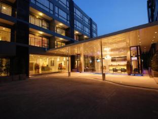 The Lantern Resorts Patong Phuket - Hotel Entrance