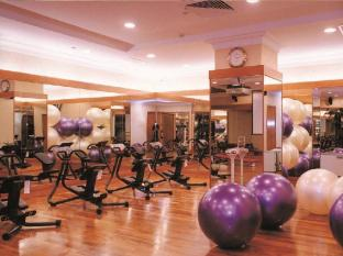 The Residence at Singapore Recreation Club Singapore - Fitness Room
