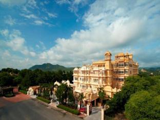 /hotel-chunda-palace/hotel/udaipur-in.html?asq=jGXBHFvRg5Z51Emf%2fbXG4w%3d%3d