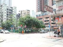 M1 Hotel: surroundings