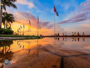 Na Na Hotel & Café Restaurant Phnom Penh - Nearby Attraction