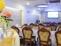 Vietnam Hotel Accommodation Cheap | restaurant