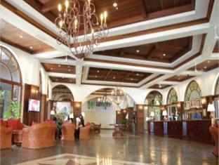 One Hotel Santubong Kuching - Lobby