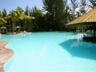 One Hotel Santubong Kuching - Swimmingpool