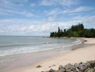 One Hotel Santubong Kuching - Beach