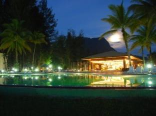 One Hotel Santubong Kuching - Omgivelser
