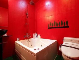 Hotel Yaja Suyu Seoul - Hot Tub