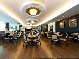 The Hanoi Club Hotel & Lake Palais Residences Hanoi - Tivoli cafe
