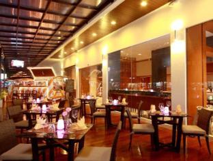 Centra Ashlee Hotel Patong Пхукет - Ресторан