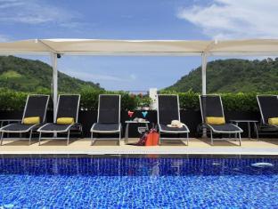 Centra Ashlee Hotel Patong Puketas - Baseinas