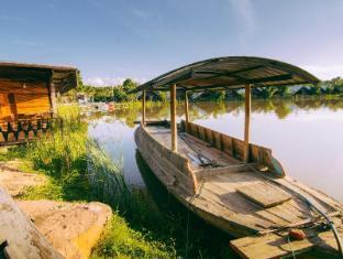 TaNiTa Lagoon Resort Udon Thani - Surroundings