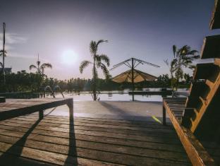 TaNiTa Lagoon Resort Udon Thani - Swimming Pool