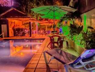 Divers Hotel Sihanoukville - Swimming Pool