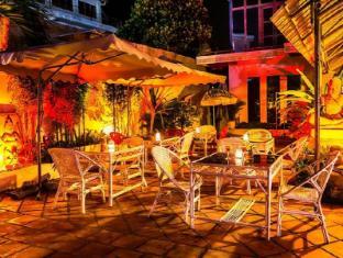 Divers Hotel Sihanoukville - Exterior