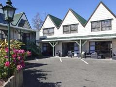 Gables Lakefront Motel | New Zealand Budget Hotels