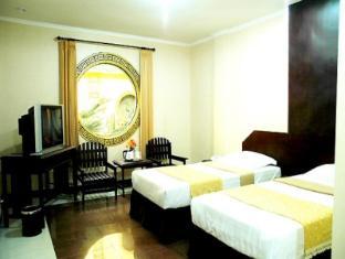 V3 Hotel Surabaya - Guest Room