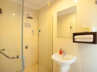 努沙杜瓦套房旅館 峇里 - 衛浴間